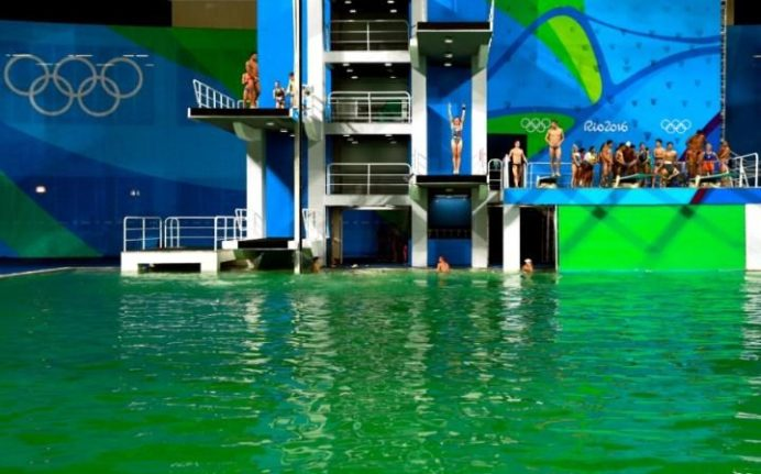 105295747_RIO_DE_JANEIRO_BRAZIL_-_AUGUST_09__General_view_of_the_diving_pool_at_Maria_Lenk_Aquat-large_trans++qVzuuqpFlyLIwiB6NTmJwfSVWeZ_vEN7c6bHu2jJnT8